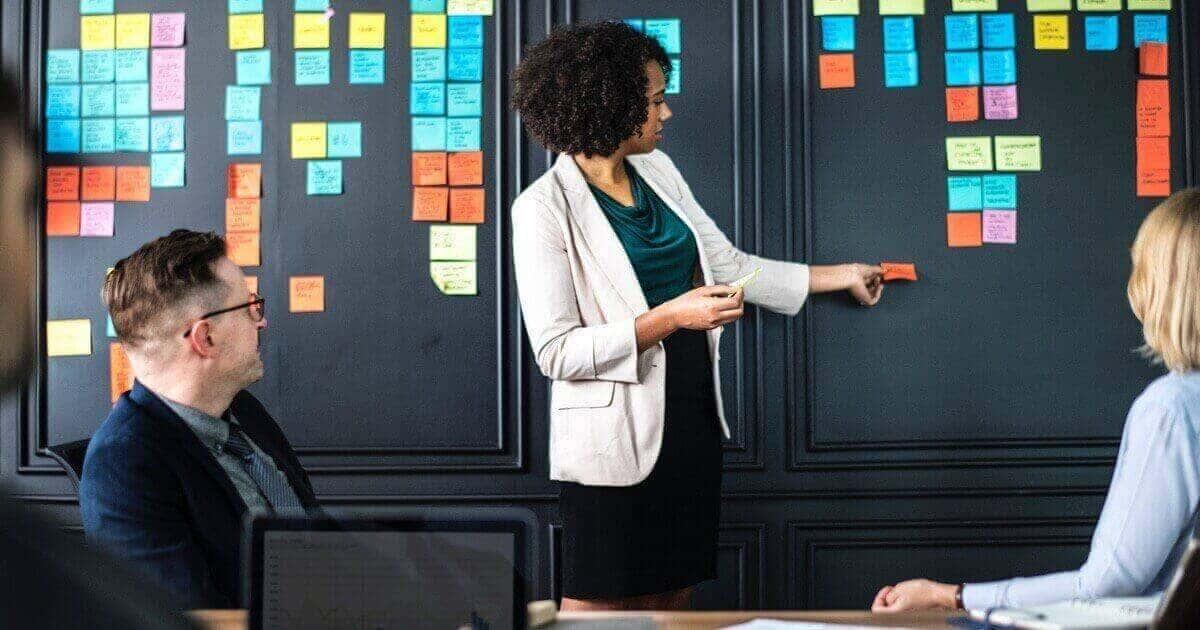 In-House Marketing vs Agency Marketing